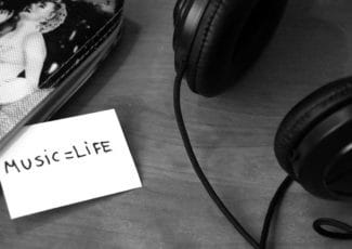 headphones with music life sign